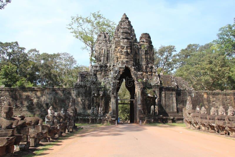 cambodia Angkor Thom Den södra porten Siem Reap landskap Siem Reap stad royaltyfri fotografi