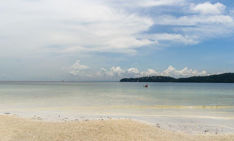 cambodia en sikt från lagun arkivbilder