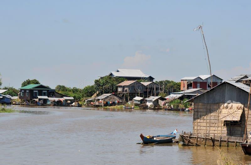 cambodia underminerar tonle royaltyfri fotografi