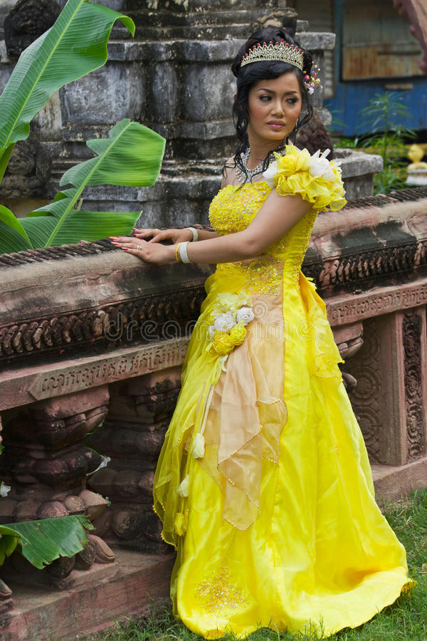 Free Cambodian Bride Royalty Free Stock Photos - 18622018