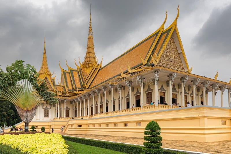 CAMBODJA PHNOM PENH ROYAL PALACE FÖRSILVRAR PAGODEN arkivbilder
