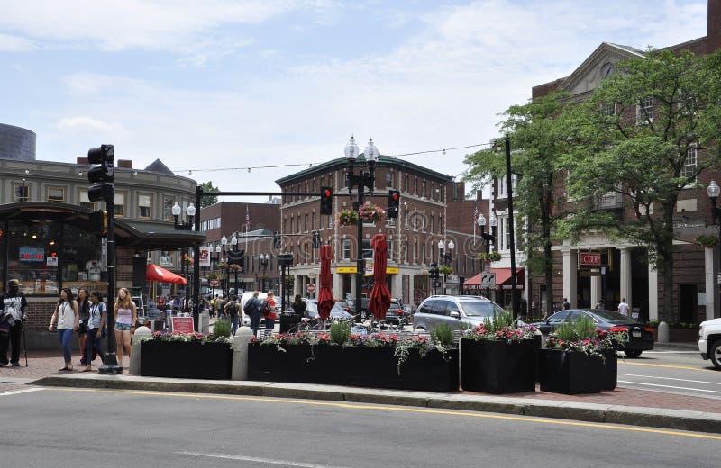 Cambridge mA, le 30 juin : Place de Harvard de Cambridge du centre dans l'état de Massachusettes des Etats-Unis photographie stock libre de droits