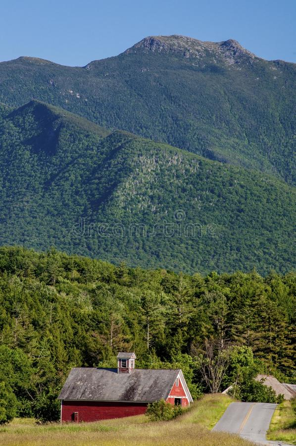 Cambridge, Vermont Barn In the Shadow Of Mt. Mansfield stock photo