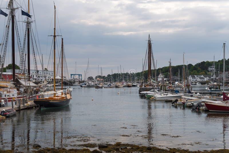 Camden Harbor Anchored Boats photographie stock libre de droits