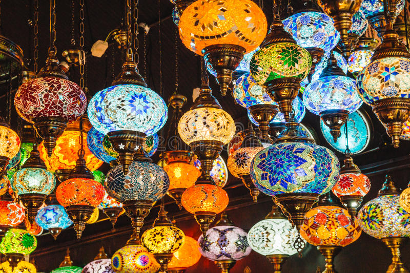 Camden Market The Stables Moroccan ou boutique turque Londres de lampe image stock