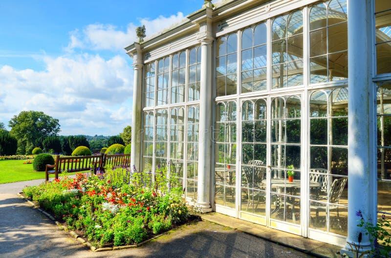 Camellia House, parque de Wollaton, Nottingham, Reino Unido imagens de stock royalty free