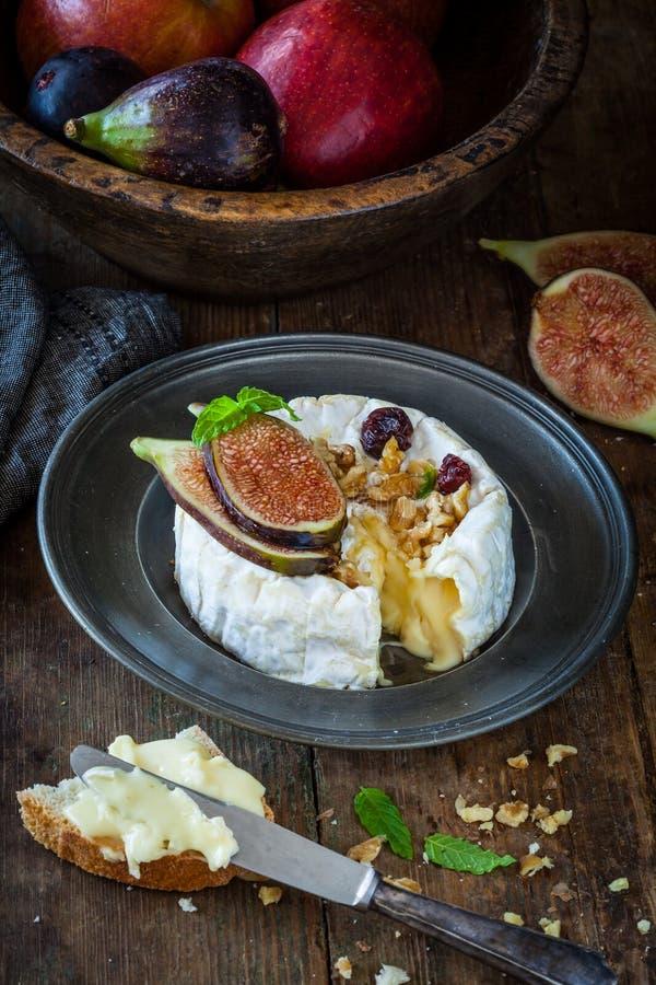 camembert стоковые фотографии rf