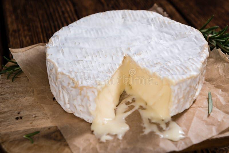Camembert crémeux photographie stock libre de droits