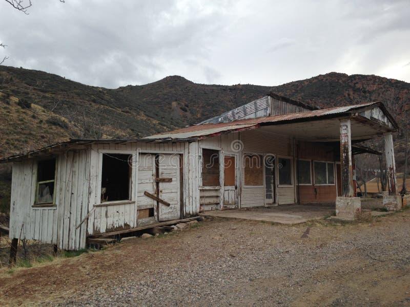 Camera abbandonata in Jerome, Arizona fotografia stock libera da diritti