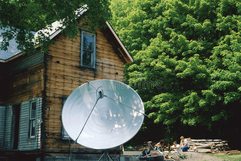 Camera con il riflettore parabolico fotografia stock libera da diritti
