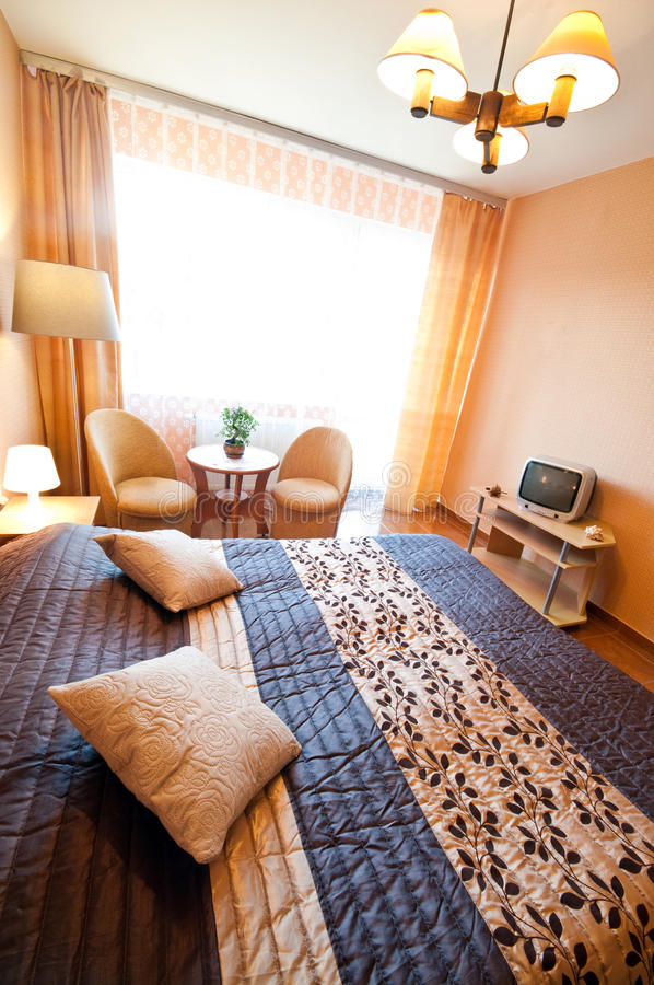 Camera da letto accogliente fotografie stock libere da diritti