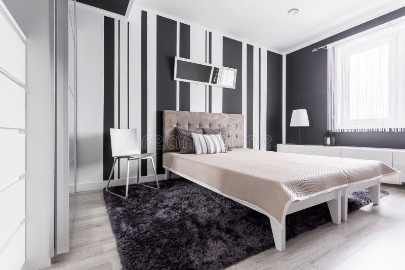 Emejing camera da letto nera e bianca images house design ideas 2018 - Camera da letto bianca e nera ...