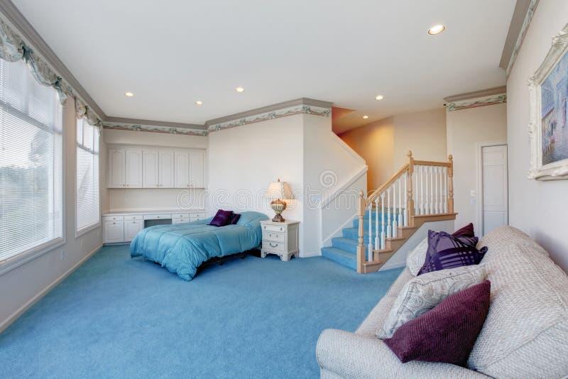 Camera Da Letto Blu Balena : Parete camera da letto blu great pareti colorate camera da letto