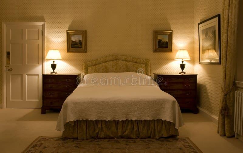 Camera da letto classica fotografie stock