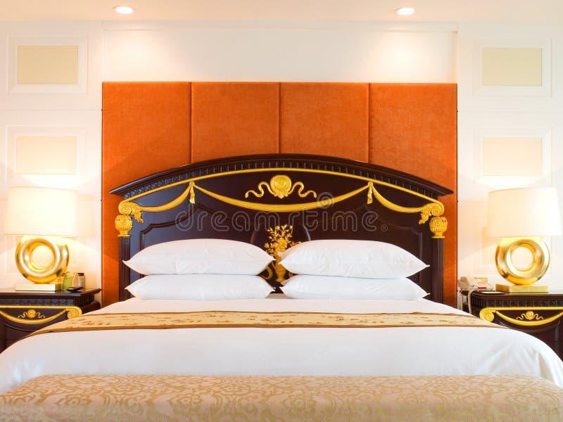 Camera da letto della serie di lusso in hotel immagine stock libera da diritti