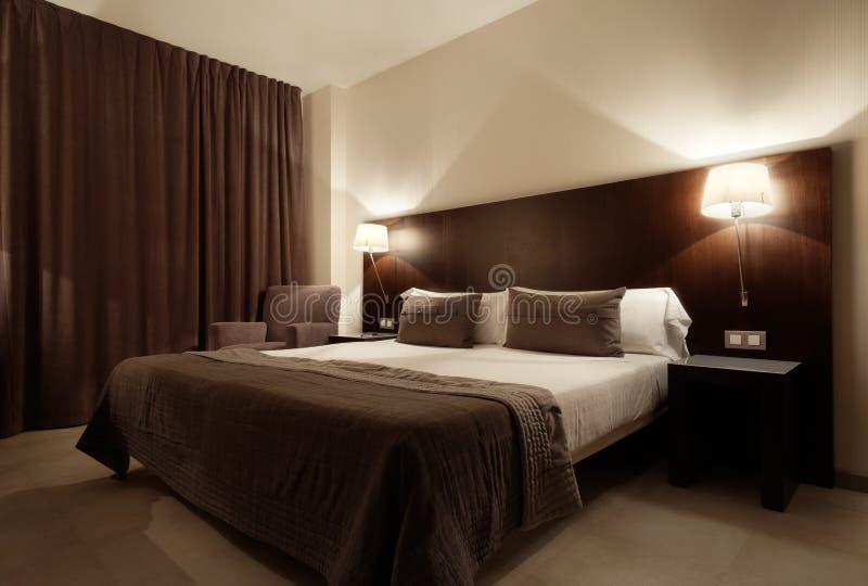 Camera da letto di lusso moderna immagine stock libera da diritti