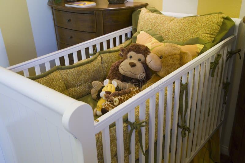 Camera da letto domestica di lusso del bambino immagini stock libere da diritti