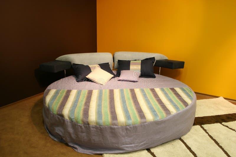 Camera da letto moderna fotografie stock
