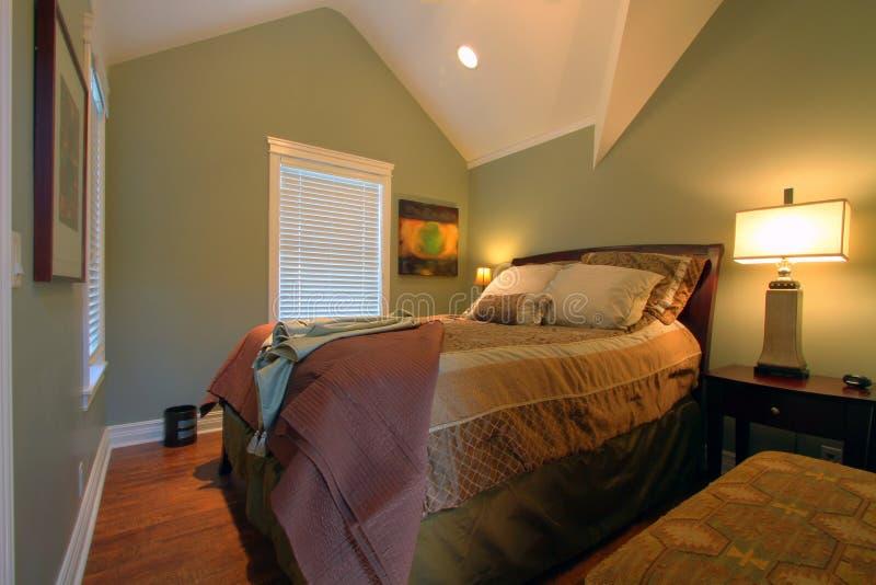 Camera da letto moderna Cosy immagine stock libera da diritti