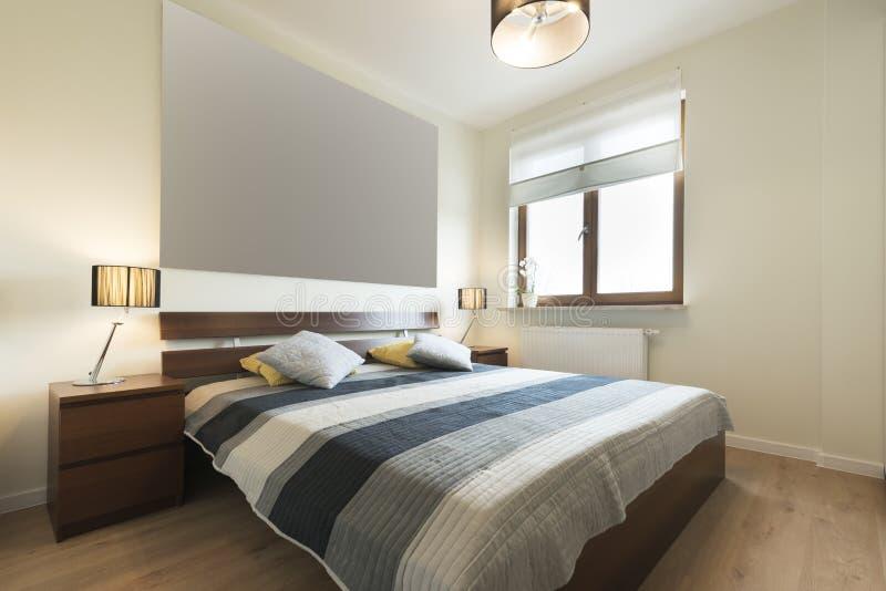 Camera da letto moderna beige beautiful camera da letto moderna con pareti bianche e luce - Camera da letto beige ...