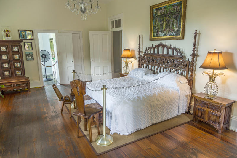 Camera da letto principale in Ernest Hemingway Home e museo in Key West immagine stock
