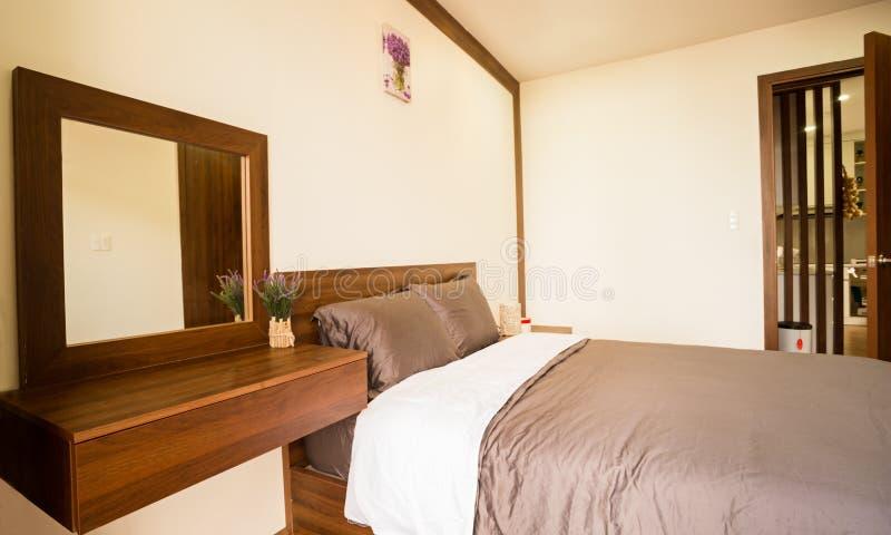 Camera da letto - progettazione domestica della parte 2 di architettura immagine stock