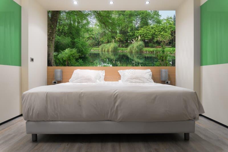 Camera da letto verde fotografia stock libera da diritti