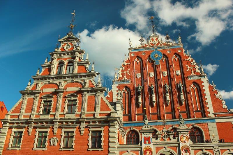 Camera dei comedoni a Riga Città Vecchia, Lettonia Originalmente costruito nello XIV secolo per la fratellanza dei comedoni fotografie stock libere da diritti