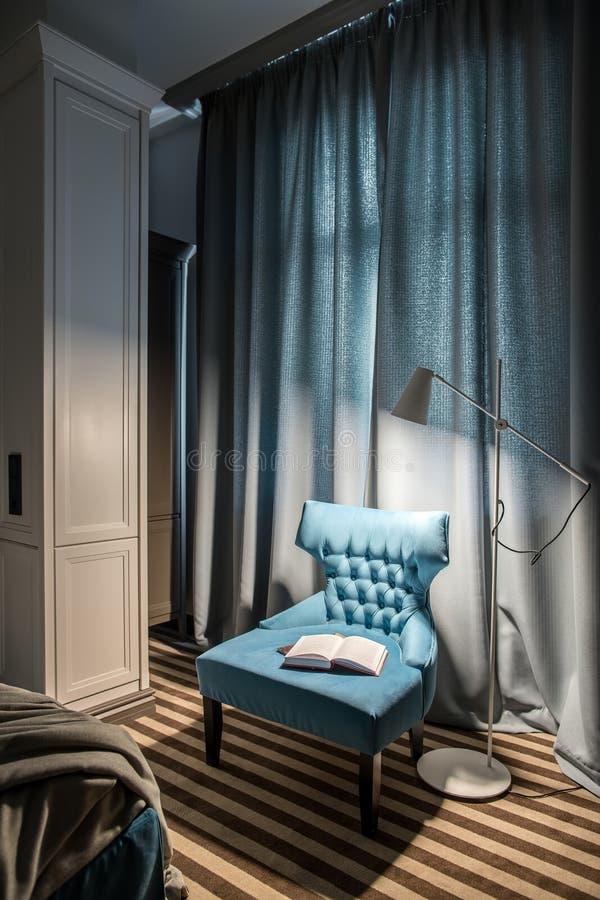 Camera di albergo alla moda fotografia stock libera da diritti