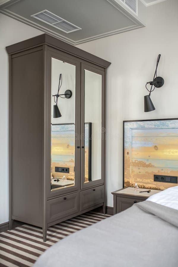 Camera di albergo alla moda immagini stock