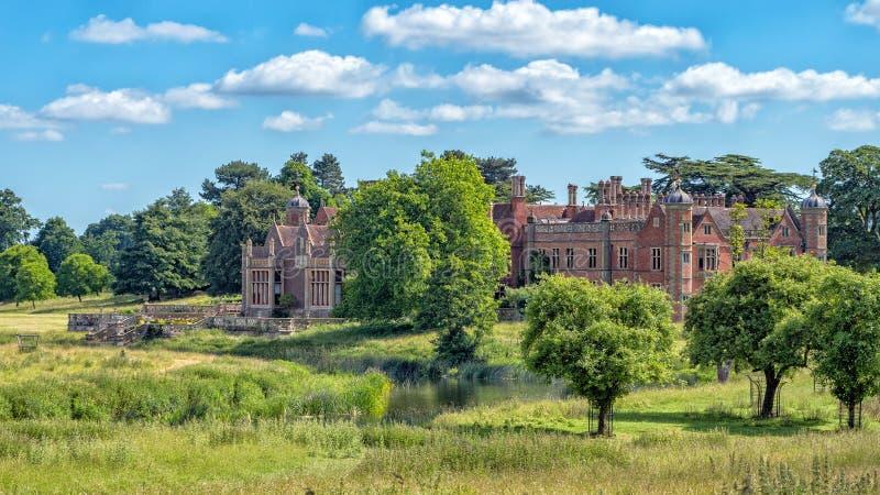 Camera di Charlecote e fiume Avon, Warwickshire, Inghilterra fotografie stock libere da diritti