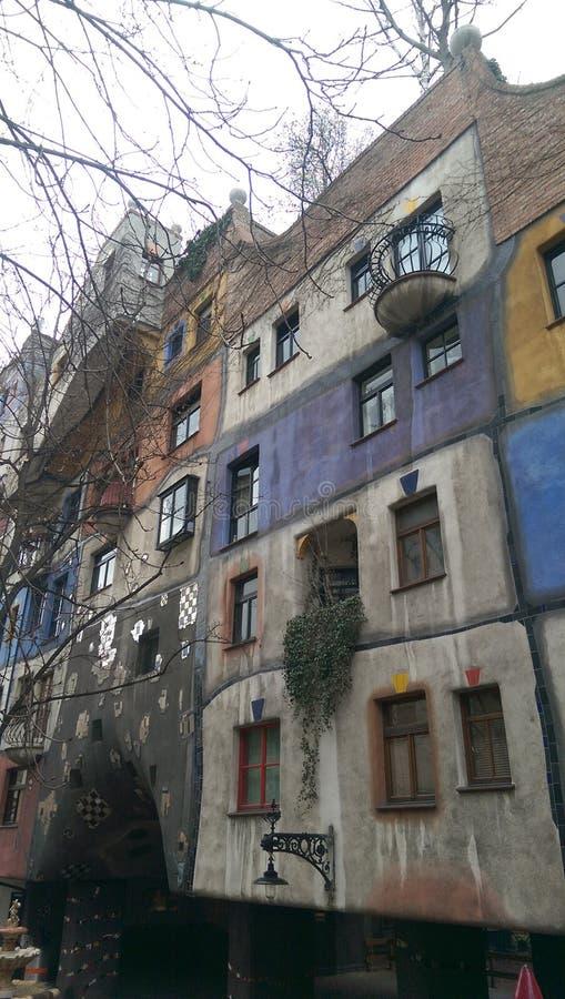 Camera di Hundertwasser a Vienna immagine stock