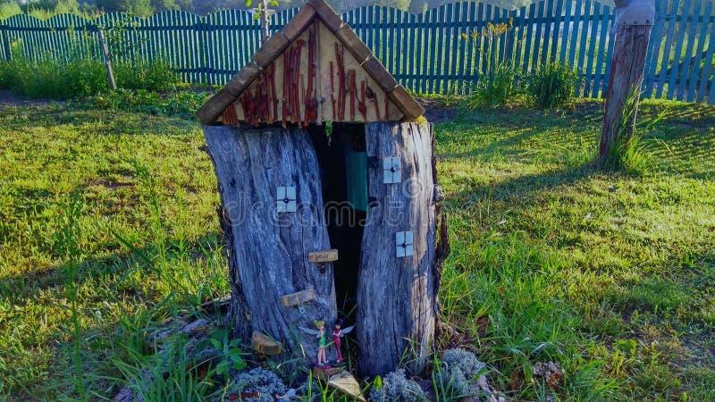 Camera di legno del ` dei fatati fotografie stock libere da diritti