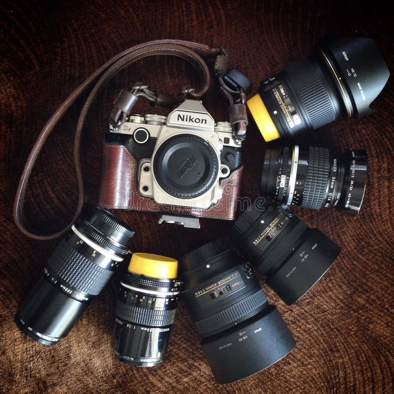 Camera en lens stock afbeeldingen
