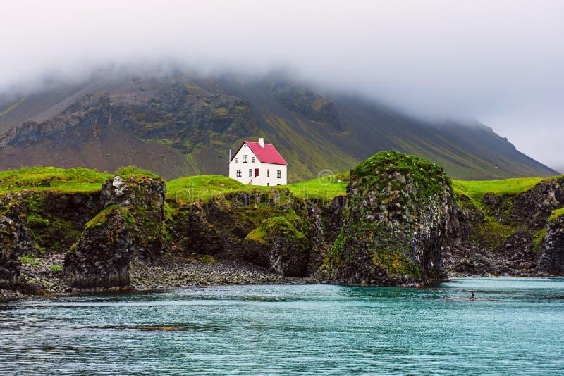 Camera islandese sola fotografie stock