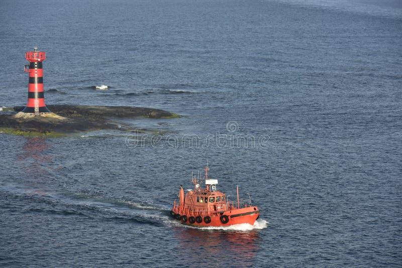 Camera leggera e pilota Cutter vicino all'isola Aland, Finnland, Europa fotografie stock