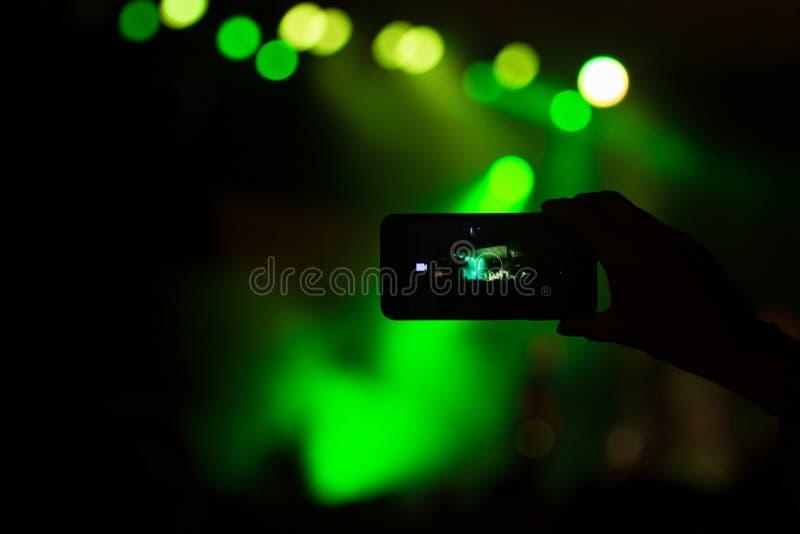 Camera op overleg royalty-vrije stock fotografie