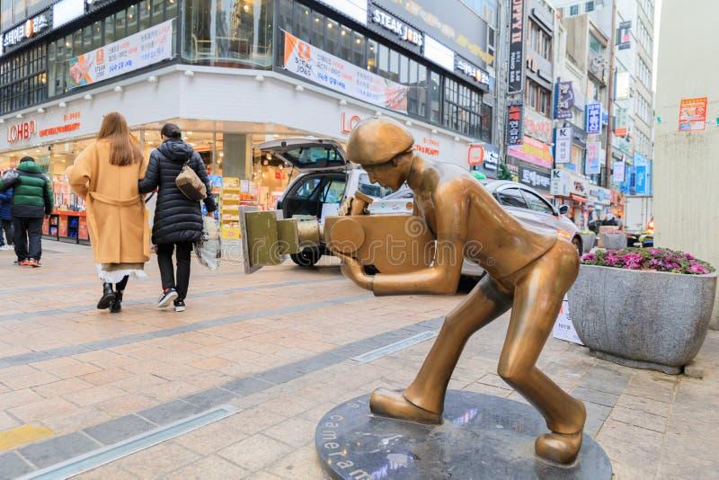 Cameraman staute van straat van het de Filmfestival van Busan de Internationale - BIFF Square royalty-vrije stock foto