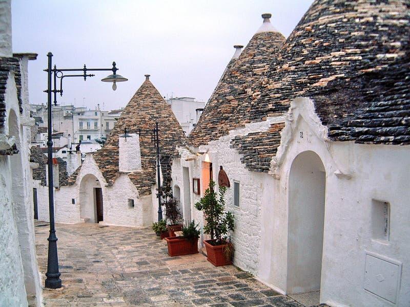 Camere Alberobello di Trulli fotografia stock libera da diritti