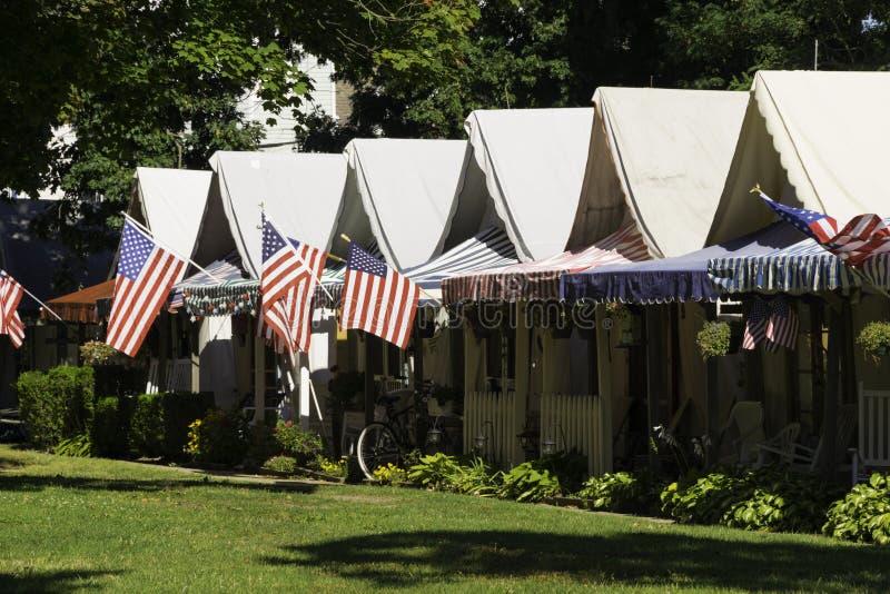 Camere della tenda nel boschetto dell'oceano, NJ immagine stock libera da diritti