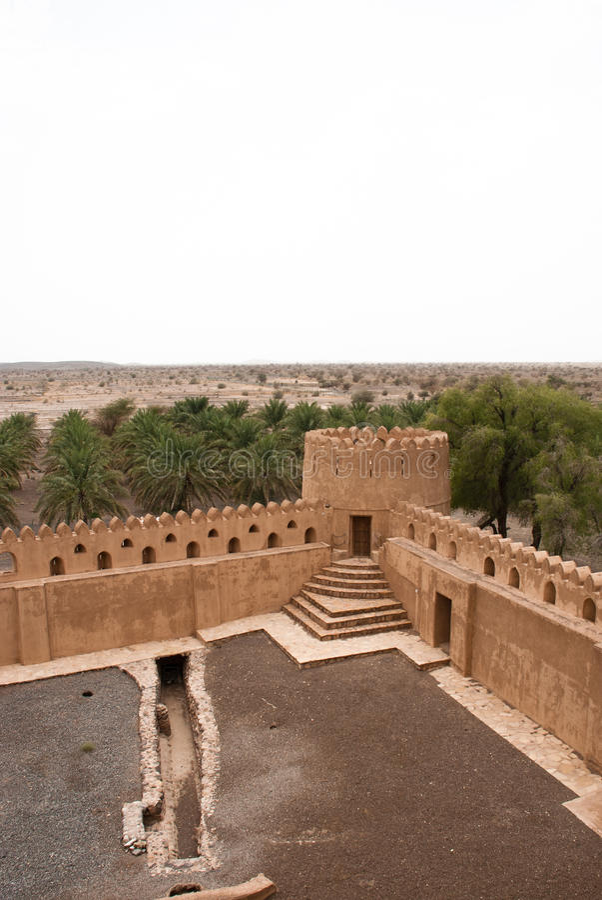 Camere di Adobe storiche nell'Oman immagini stock libere da diritti