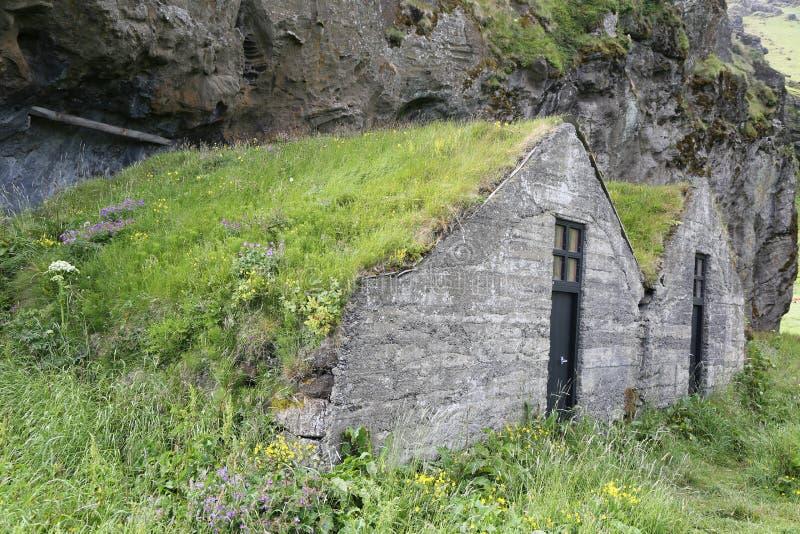 Camere islandesi tradizionali del tappeto erboso fotografia stock