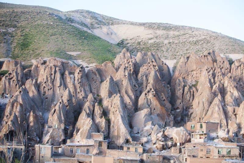 Camere in Kandovan, Iran immagini stock