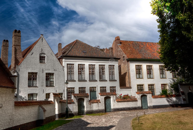 Camere nel Beguinage Bruges/Bruges, Belgio fotografia stock