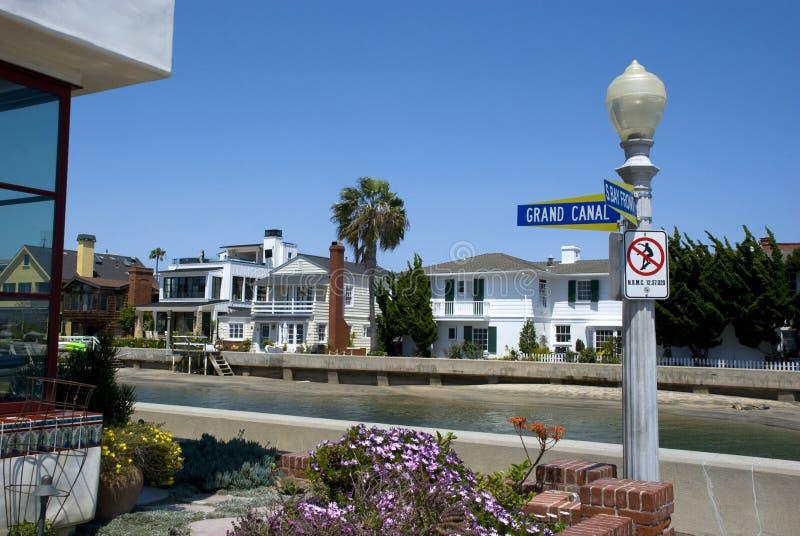 Camere sulla via di Grand Canal spiaggia sull'isola della balboa, Newport - California fotografie stock
