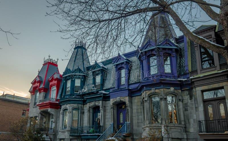 Camere vittoriane variopinte in Saint Louis quadrato - Montreal, Quebec, Canada fotografia stock libera da diritti