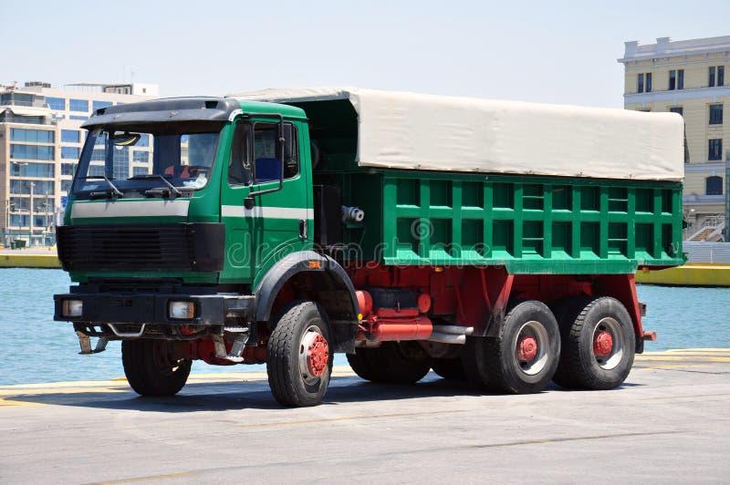 Camión de la extremidad imagenes de archivo