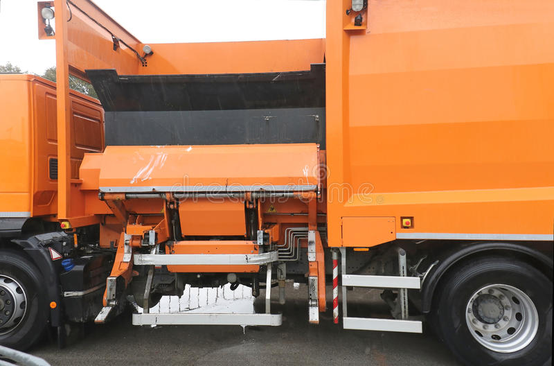 Camión de la recolección de basura imágenes de archivo libres de regalías
