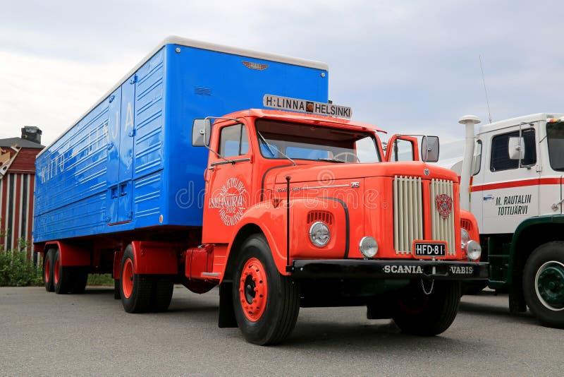 Camión de remolque clásico de Scania Vabis 75 foto de archivo libre de regalías