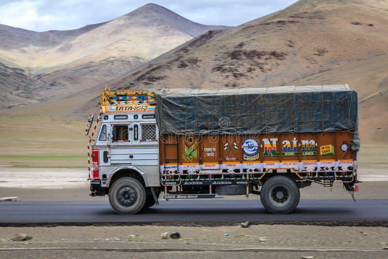 Camión de Tata imagen de archivo libre de regalías